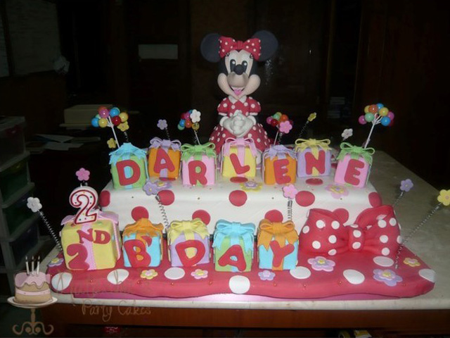 Mickey and Minnie Mouse (1)